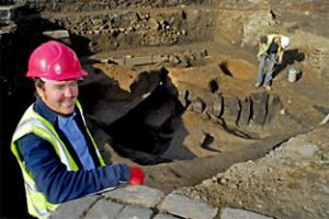Peter Connelly who is leading the dig